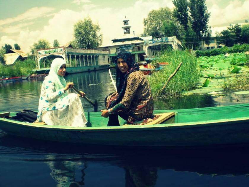 Kashmiri Lasses
